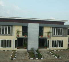 Lekki pearl semi detached